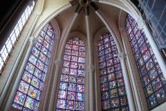6.-okna-vitrazhi-na-duhovnuju-temu