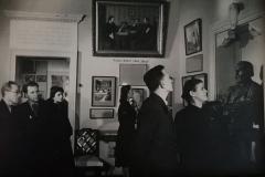 Ekskursiya-v-muzee-Turgeneva.-Foto-1930-h-gg.nachalo
