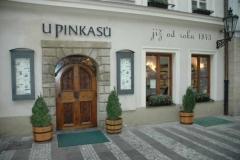 8.-Pivnoj-restoran-U-pinkasu