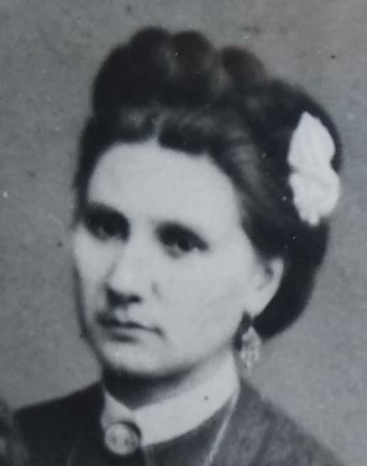 Младшая сестра Ольга