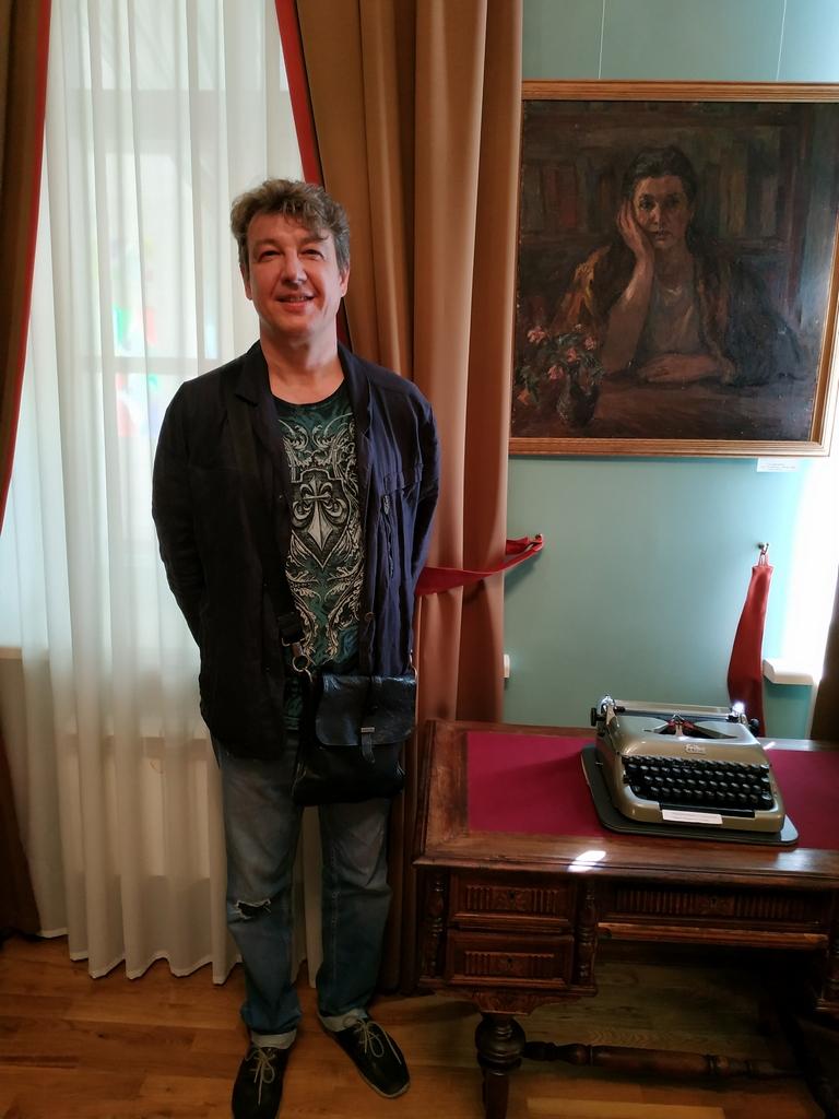 Музей писателей-орловцев встретил старого друга